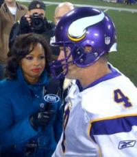She's Got Game: Pam Oliver and Other Black Women Who Know the Score