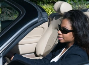 If your car came equipped with hands-free devices, don't be lulled into a false sense of security. Using them while driving is still unsafe, finds new research. (Photo: leezsnow/Getty Images)