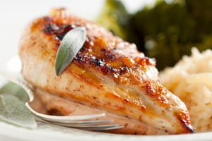 For a tasty and nutritious autumn meal, add pumpkin sauce to your baked chicken.  (Photo: Robert Linton/Getty Images)