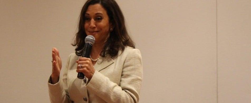 Kamala Harris Urges Women to Vote